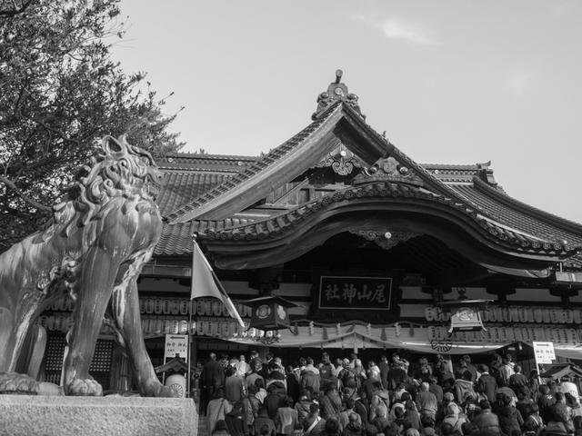 尾山神社b.jpg